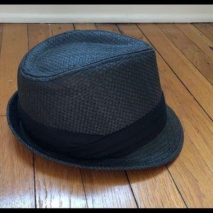 Accessories - Men's or women's black fedora hat